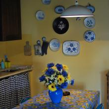 La cucina di uno degli appartamenti